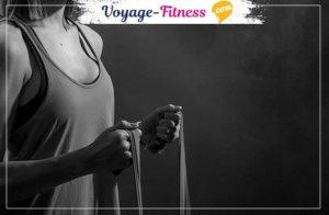 Les 10 meilleurs exercices fessiers avec élastique en fitness