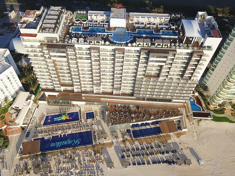 Hotel royalton suites Cancun